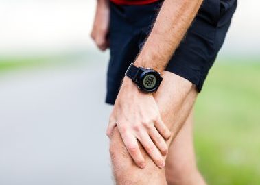 We treat knee pain in Tempe, Maricopa, Gilbert, and Mesa Arizona